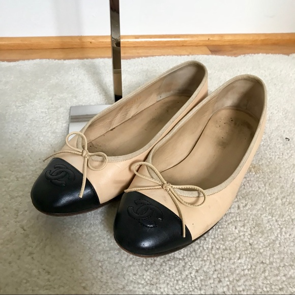 5483e0c675497 CHANEL Shoes | Two Toned Ballet Lambskin Flats 36565 | Poshmark
